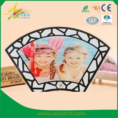 The latest creative sector-shaped heat transfer glass frame wholesale by hot stamping machine manufacturer BL46 report on individuality DIY frame